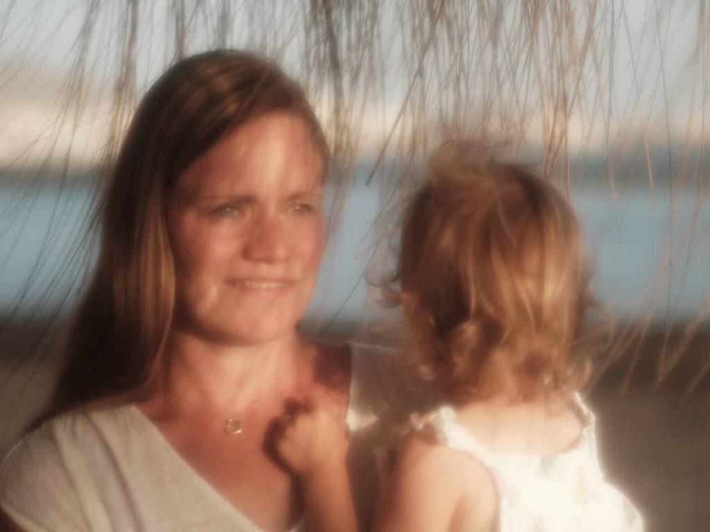 Ein Foto wie ein Gemälde von Mutter und Tochter beim Shooting mit Ela und Chris Fotograf Kanaren