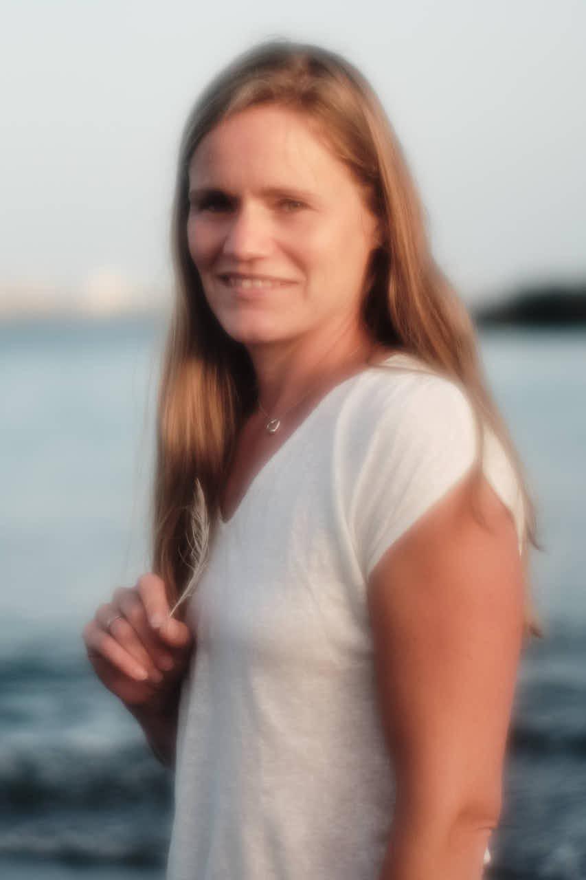 Portrait vor dem Meer auf den Kanaren kurz nach Sonnenuntergang