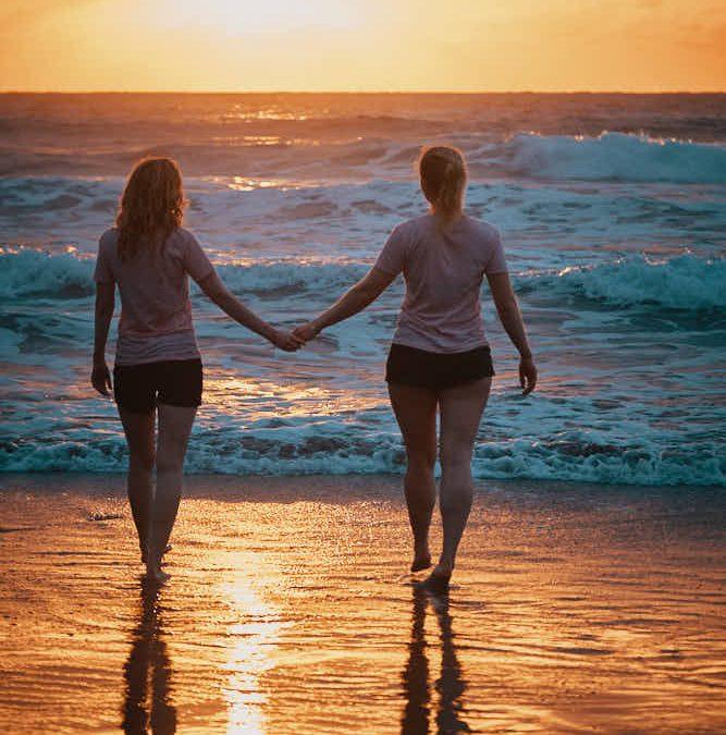 Freundinnen Fotoshooting im Anagagebirge auf Teneriffa