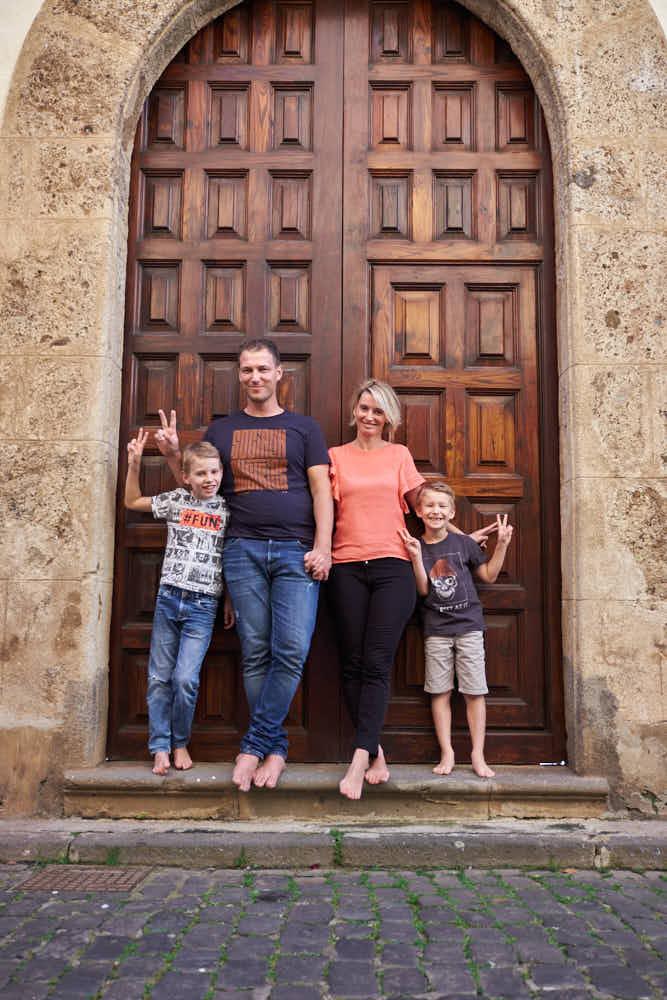 Beim Fotoshooting auf Teneriffa fotografiert Deutscher Fotograf Ela & Chris Familien Fotos in La Laguna und Anaga Gebirge Punta de Hidalgo
