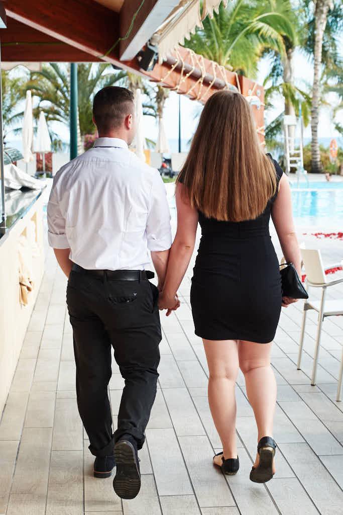 Beim Heiratsantrag der eine Überraschung ist sind Fotograf Teneriffa Ela & Chris völlig unsichtbar