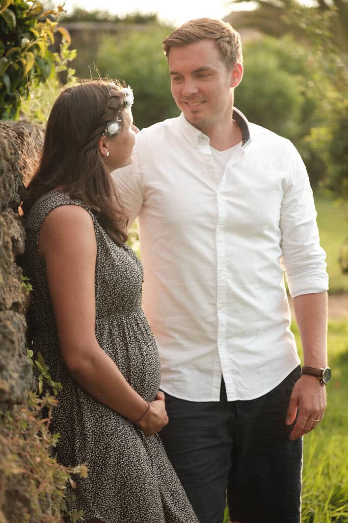 Papi und Mutti sind beim Deutscher Fotograf Ela und Chris zum Babybauch Fotoshooting auf Teneriffa und den Kanaren