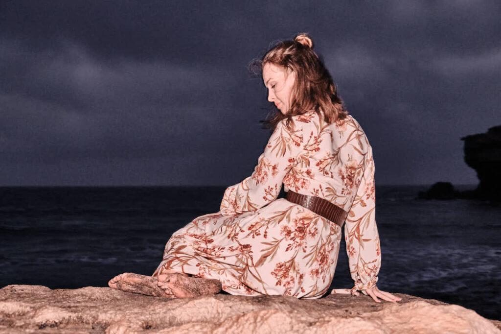 Fotograf Ela & Chris macht Freundinnen Fotos auf Fuerteventura in Morro Jable in David Hamilton Blur barfuss