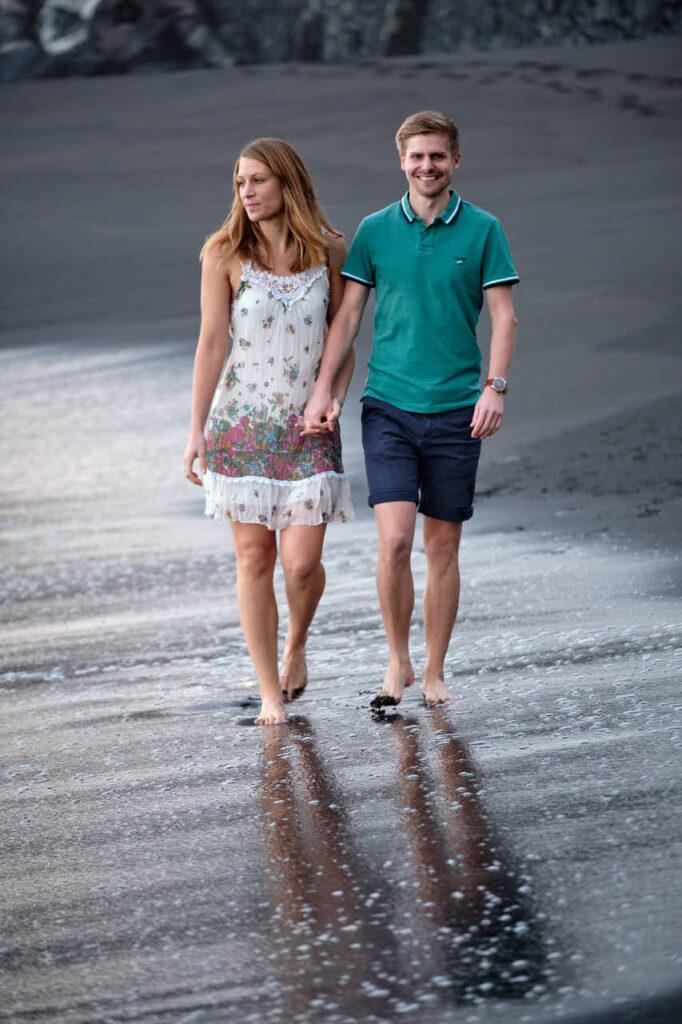 Deutscher Fotograf Ela & Chris macht Paar Bilder auf Teneriffa in Puerto de la Cruz an der Playa de Jardin