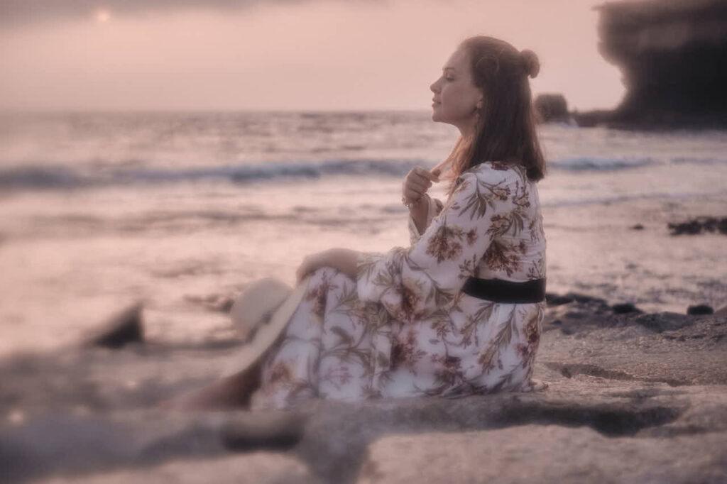 Fotograf Ela & Chris fotografiert Bilder von Freundinnen auf Fuerteventura in Morro Jable in David Hamilton Blur barfuss